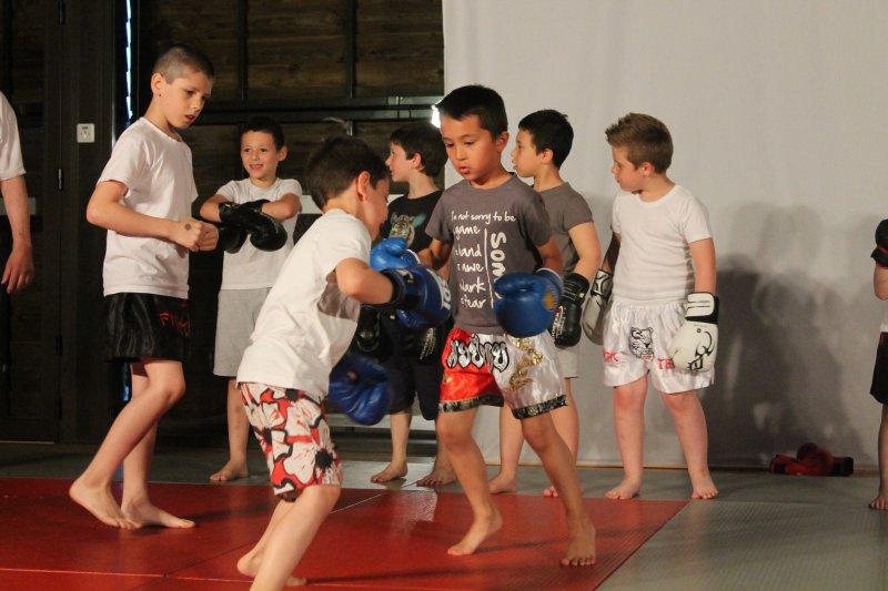 Boxe-Thai-cours-6-9-ans